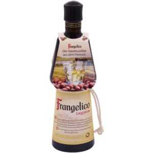 Frangelico Haselnusslikör aus dem Piemont